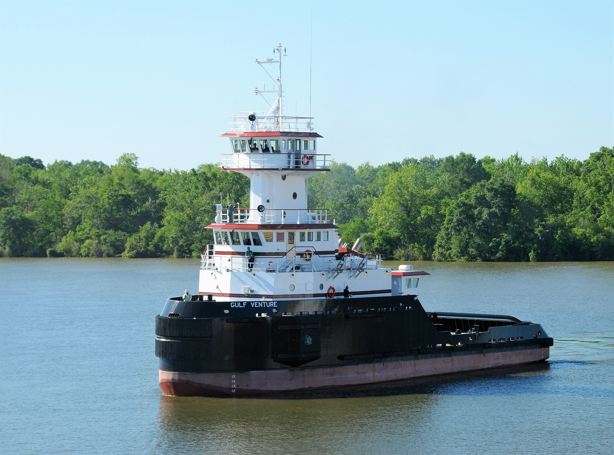 Commercial tugboat - vessel designs